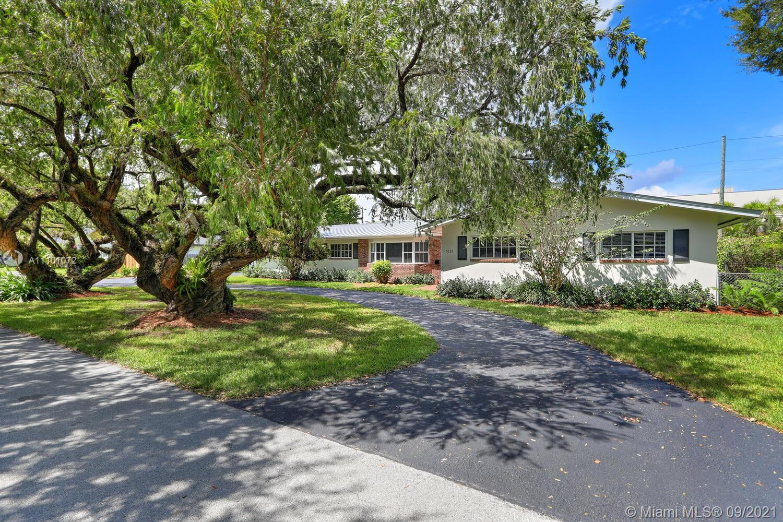 Single Family Home,For Rent,5625 SW 84 Ter, Miami, Florida 33143,Brickell,realty,broker,condos near me