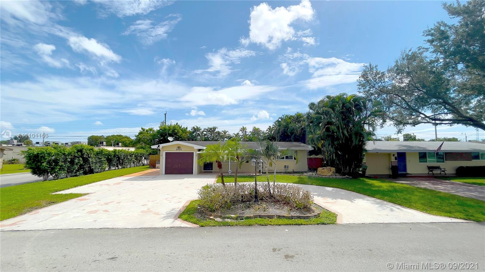 Boulevard Heights - 1021 NW 81st Ave, Pembroke Pines, FL 33024