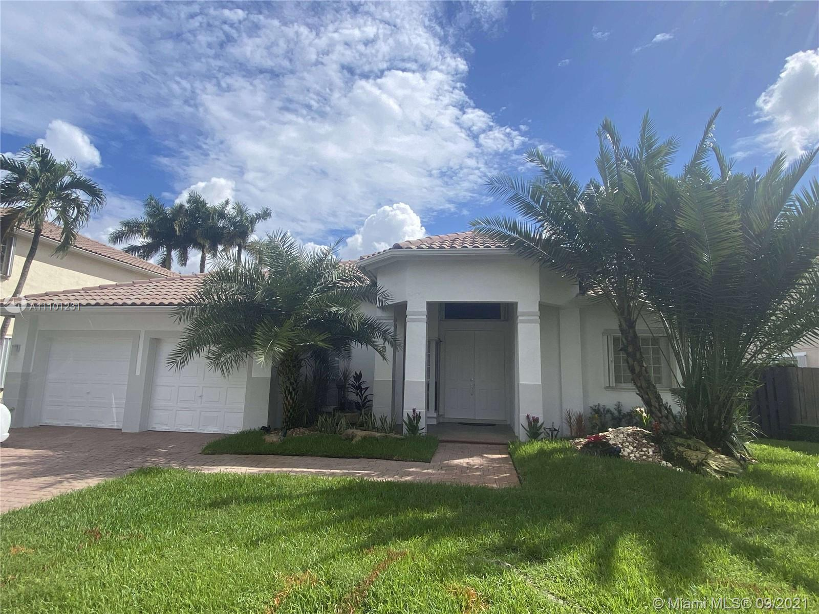Single Family Home,For Rent,6781 NW 112th Ave #6781, Doral, Florida 33178,Brickell,realty,broker,condos near me