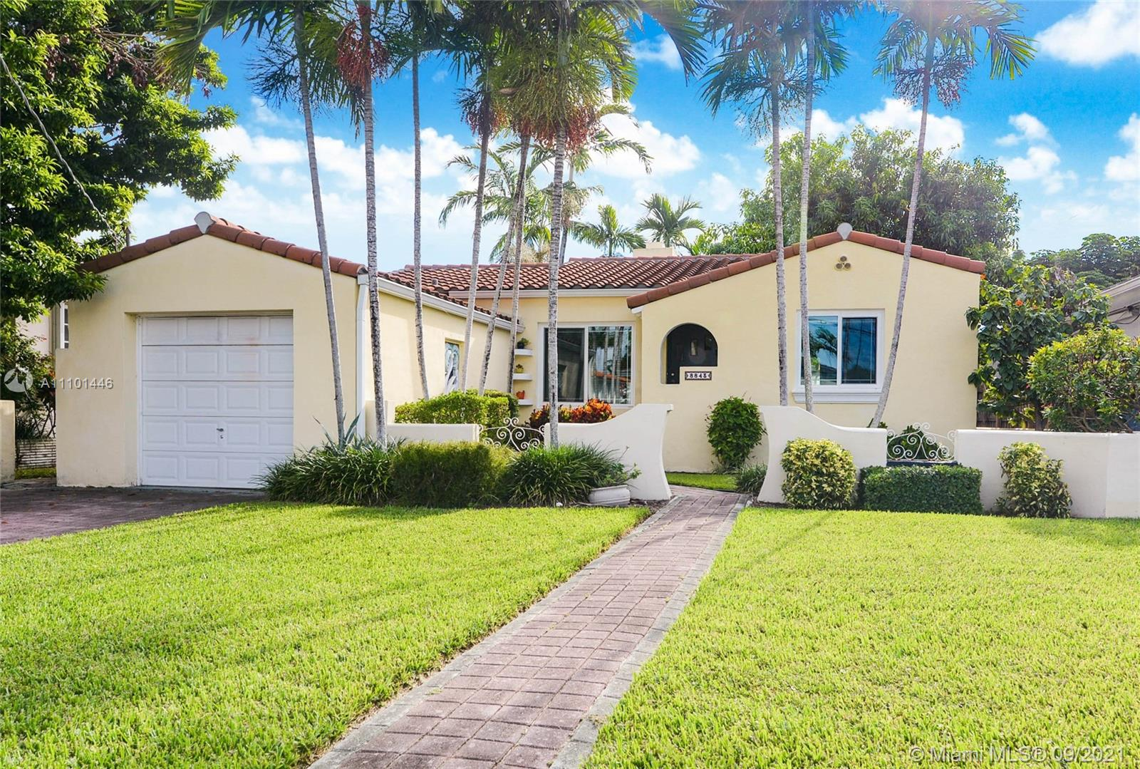 Single Family Home,For Sale,8843 Carlyle Ave, Surfside, Florida 33154,Brickell,realty,broker,condos near me
