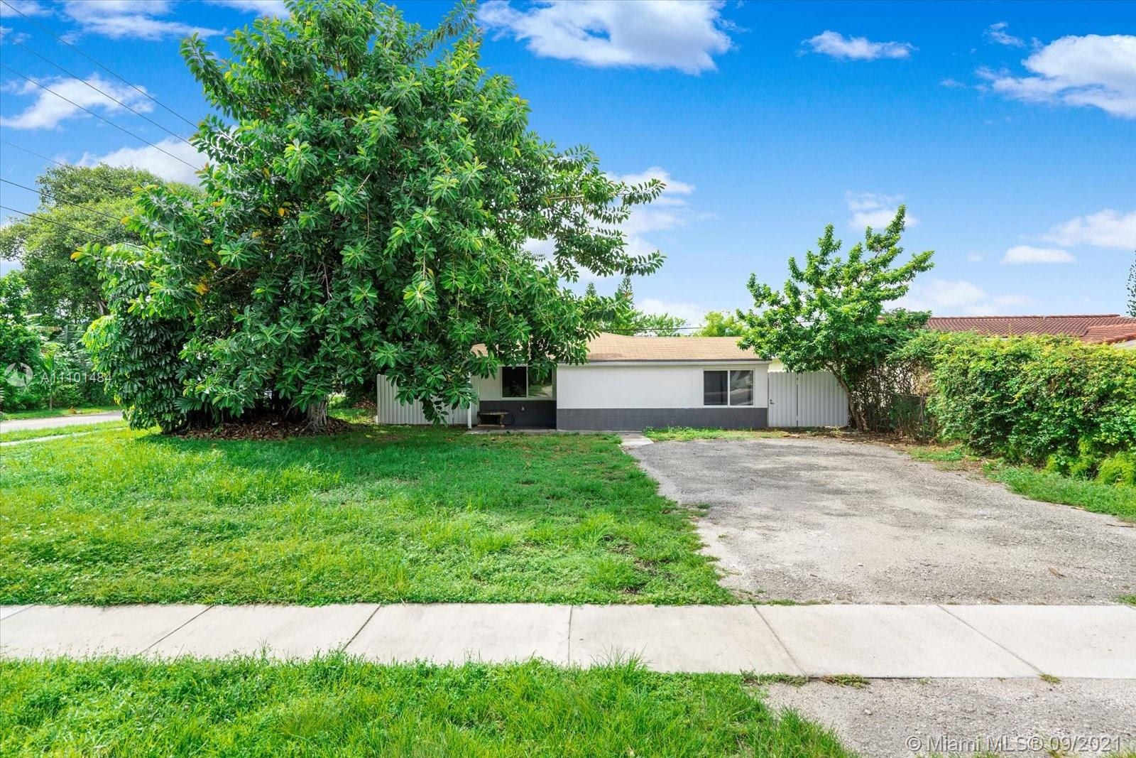 Single Family Home,For Sale,1698 NE 176th St, North Miami Beach, Florida 33162,Brickell,realty,broker,condos near me