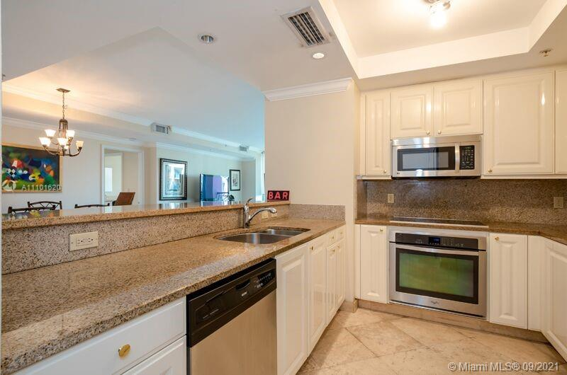 3400 SW 27th Ave #805 photo03