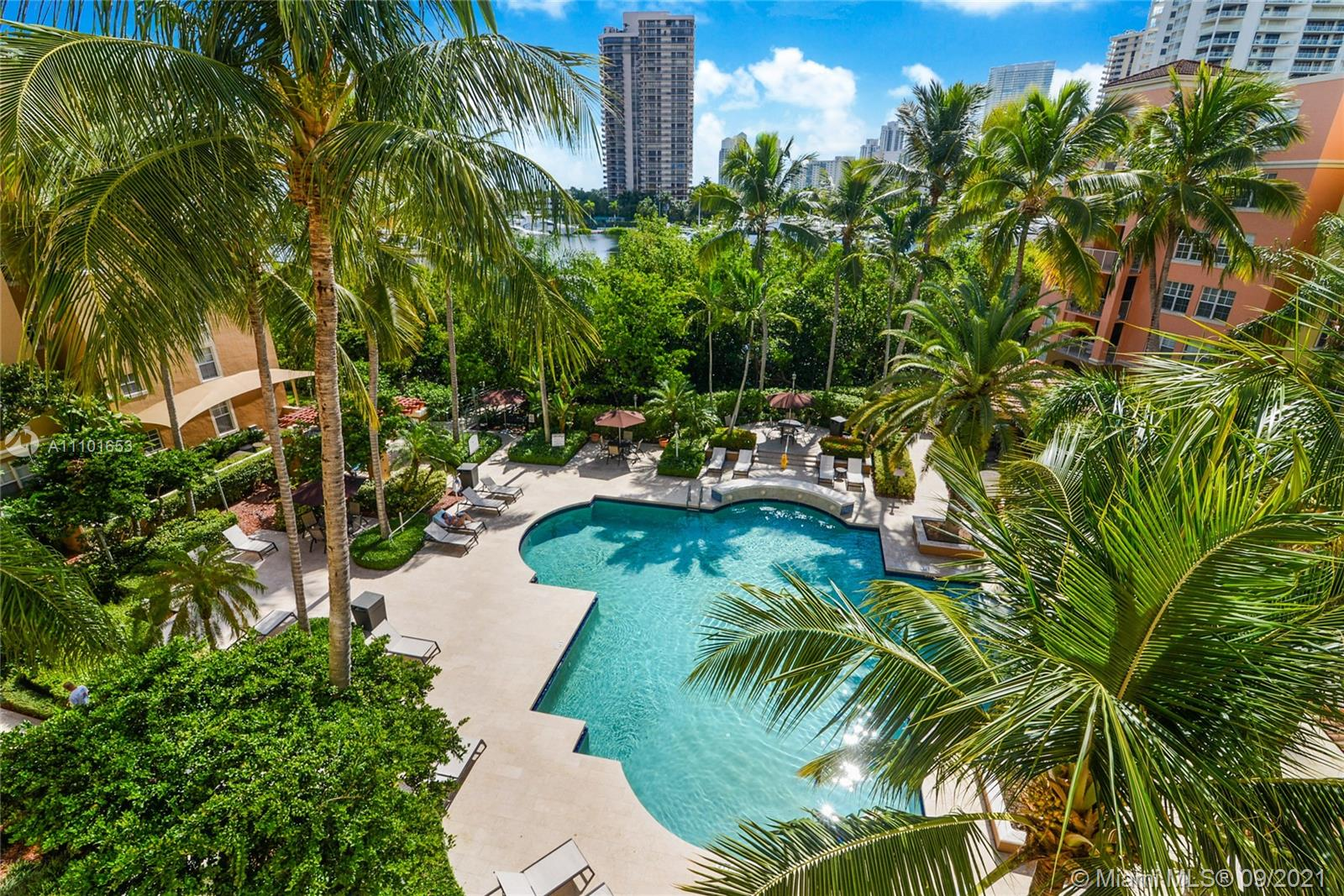 THE YACHT CLUB AT AVENTUR Condo,For Sale,THE YACHT CLUB AT AVENTUR Brickell,realty,broker,condos near me