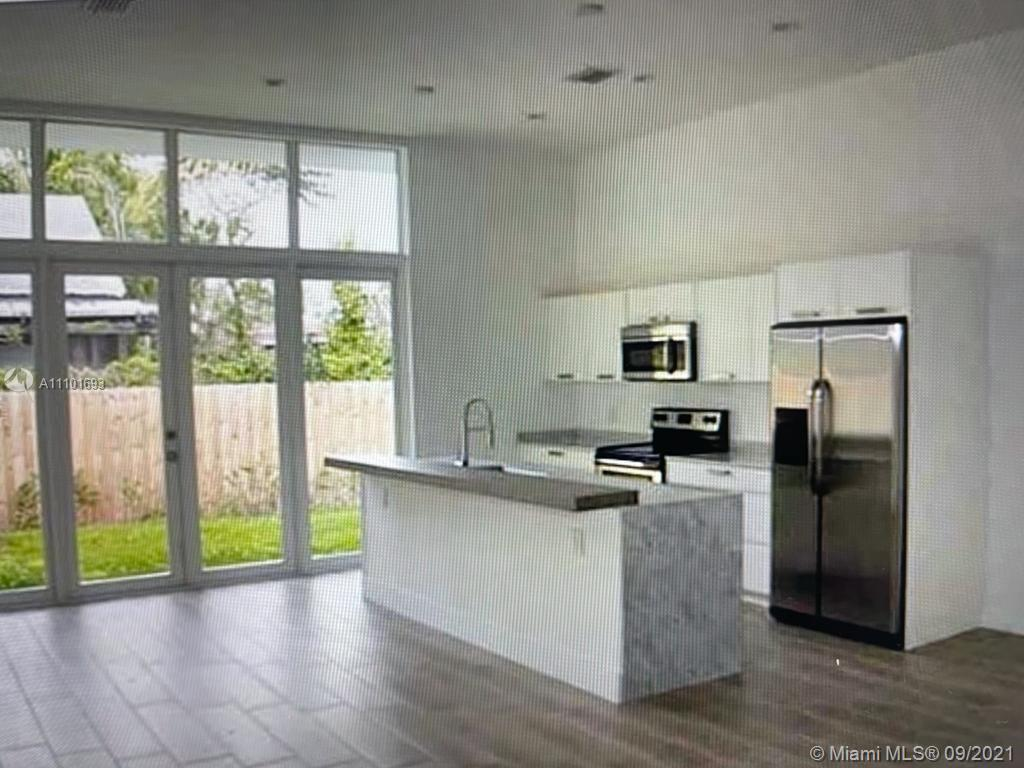 THE PINES Condo,For Rent,THE PINES Brickell,realty,broker,condos near me