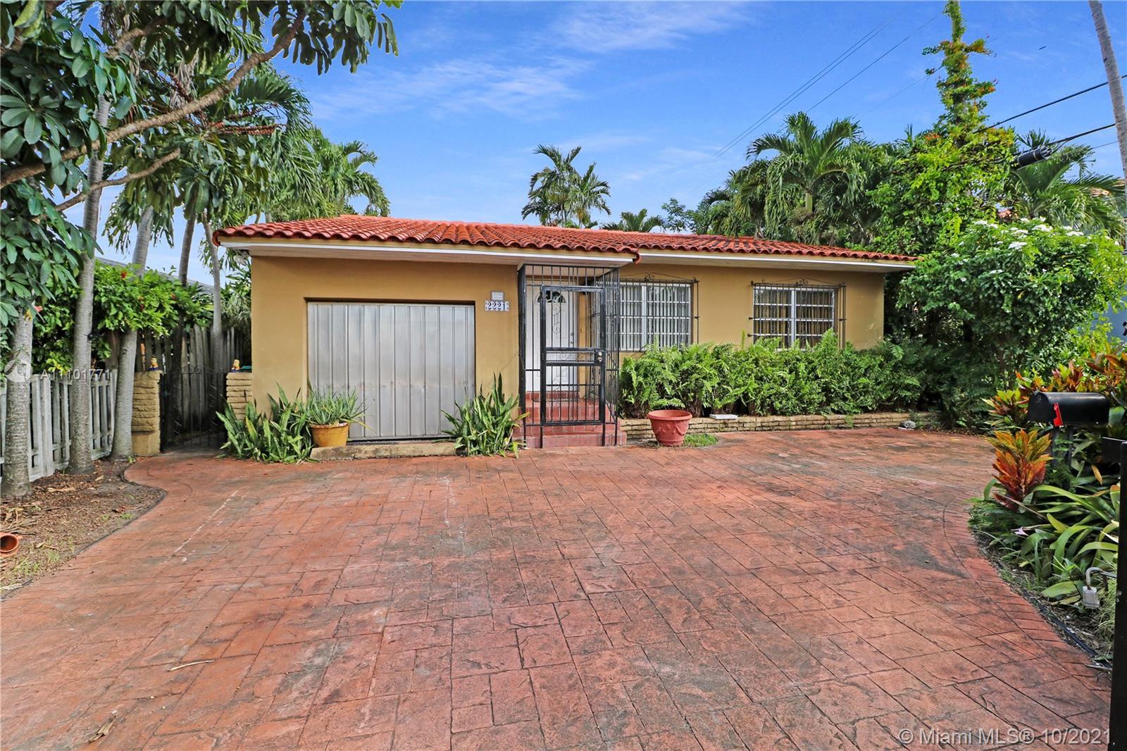 Single Family Home,For Sale,2221 SW 13th St, Miami, Florida 33145,Brickell,realty,broker,condos near me
