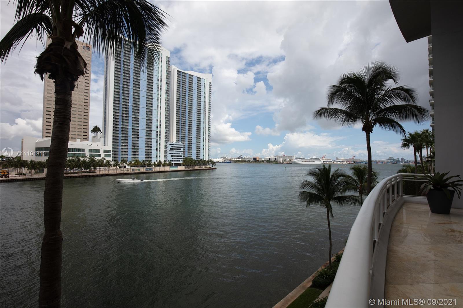 Carbonell #708 - 901 Brickell Key Blvd #708, Miami, FL 33131