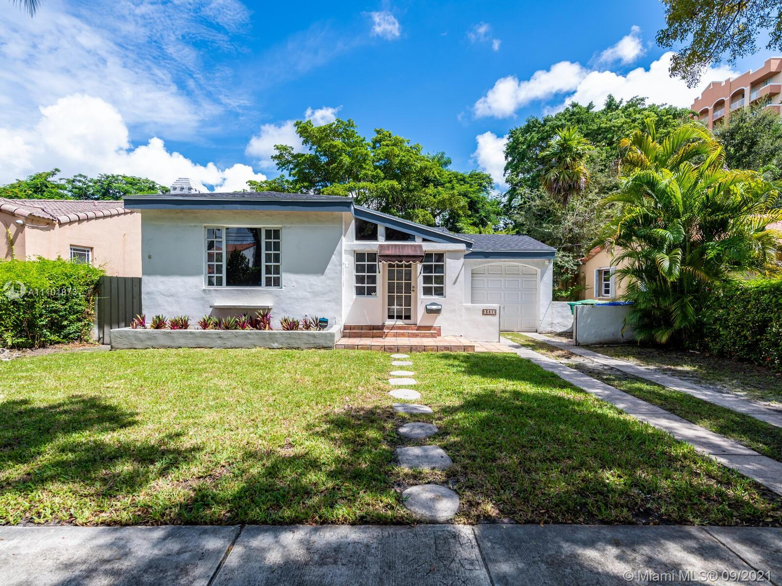 Single Family Home,For Rent,341 SW 31st Rd, Miami, Florida 33129,Brickell,realty,broker,condos near me