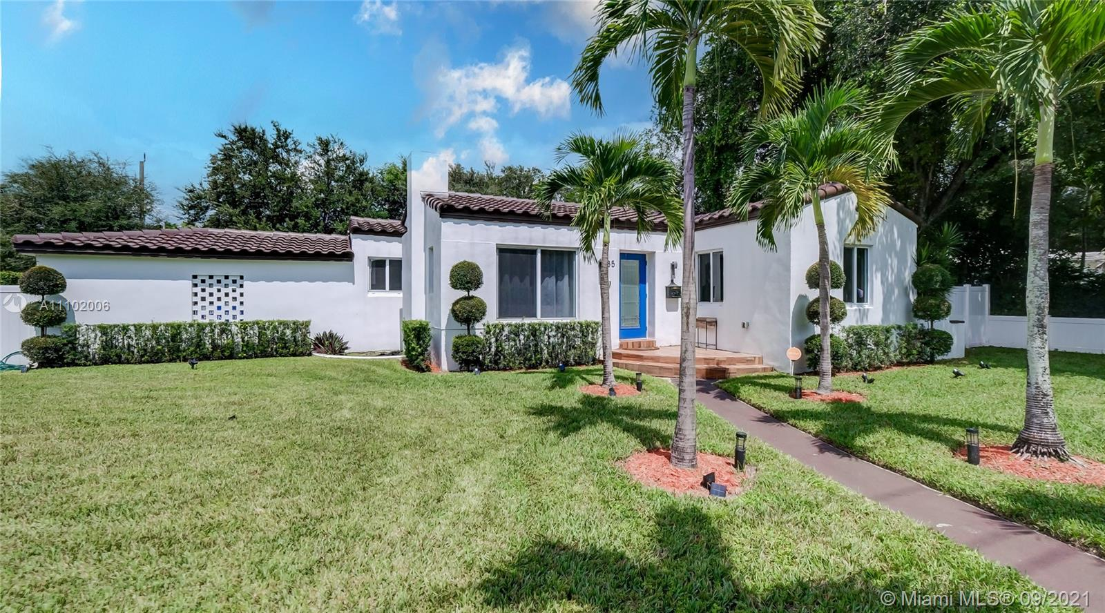 Single Family Home For Sale MIAMI SHORES SEC 51,758 Sqft