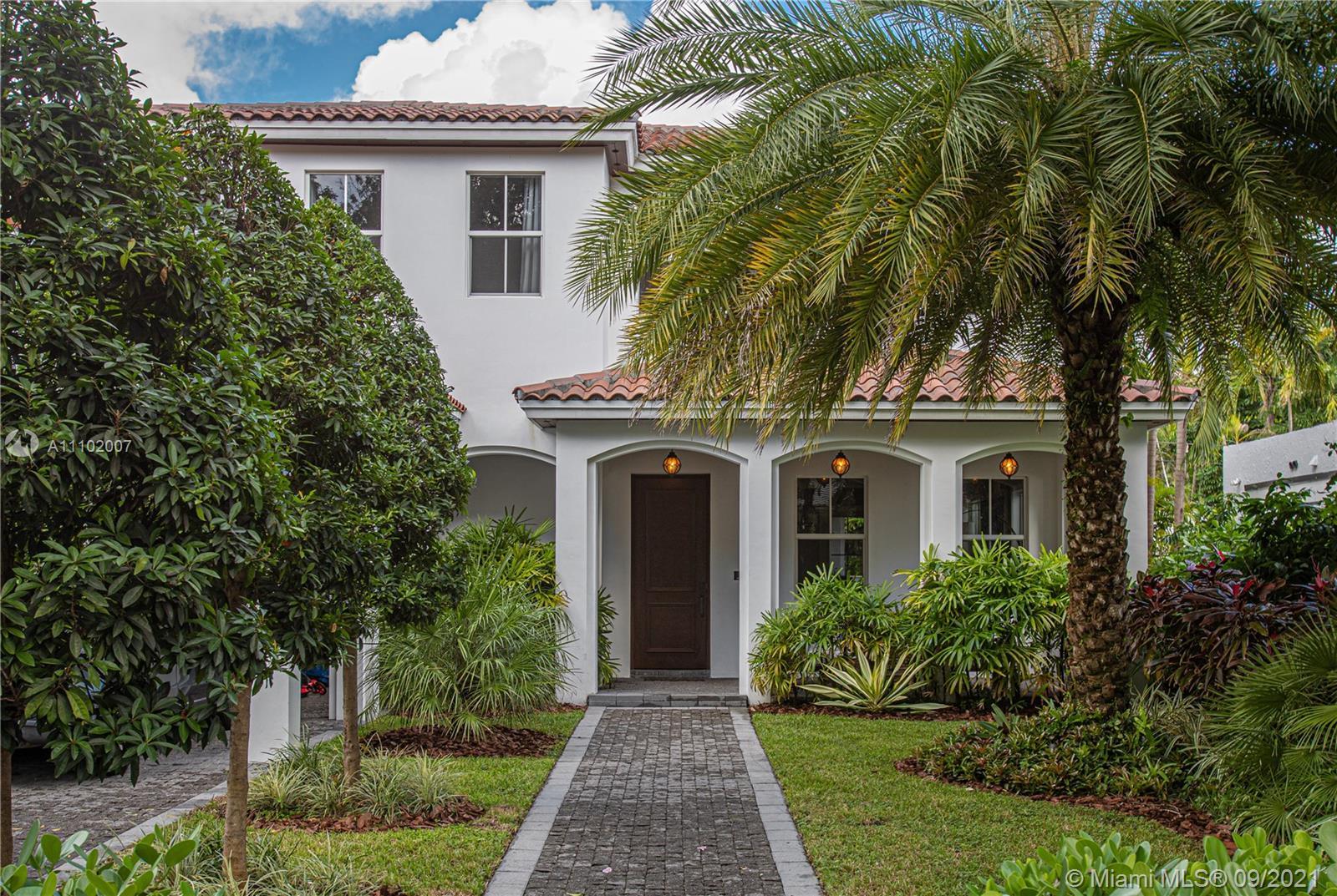 Single Family Home,For Rent,1401 Sorolla Ave, Coral Gables, Florida 33134,Brickell,realty,broker,condos near me