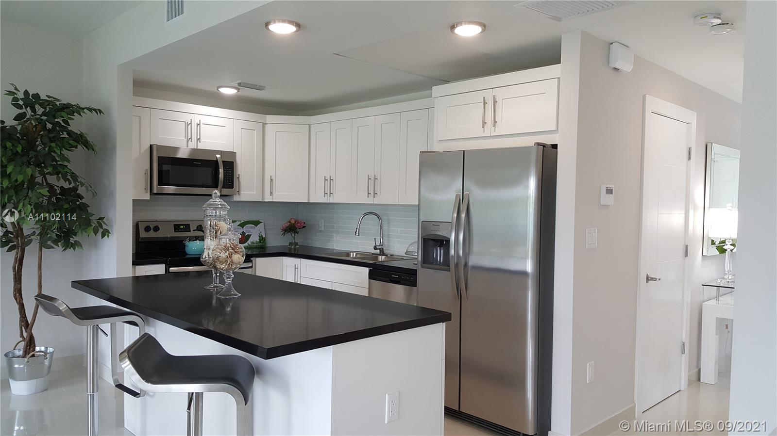 Home For Rent at 1,665 Sqft