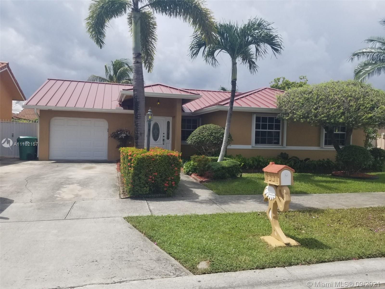Single Family Home,For Rent,940 NW 128th Ct, Miami, Florida 33182,Brickell,realty,broker,condos near me