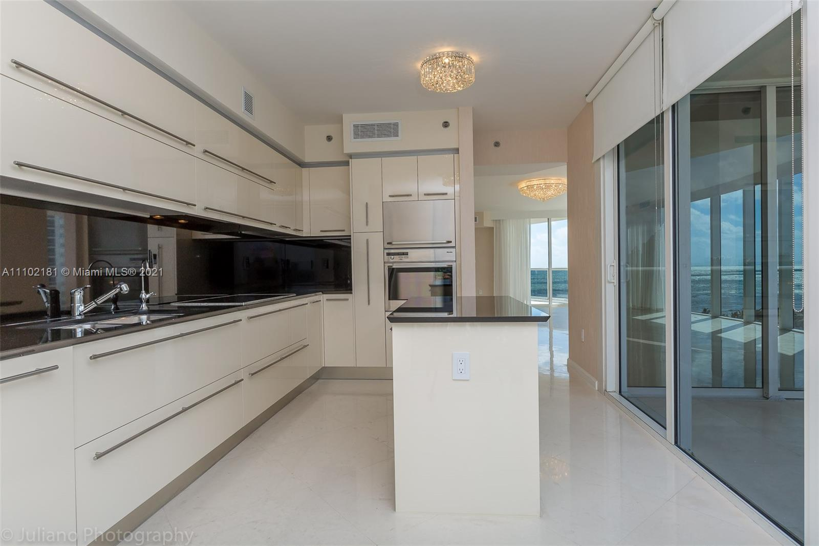 18911 COLLINS AVE #905 photo022
