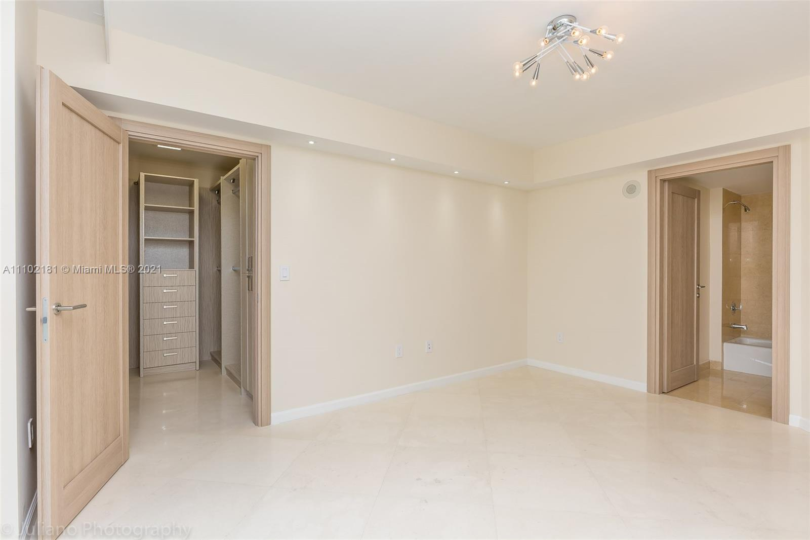 18911 COLLINS AVE #905 photo028