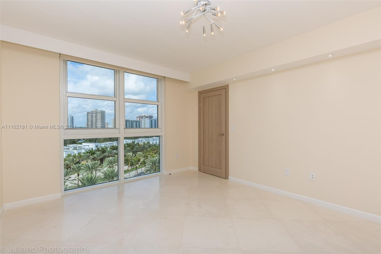 18911 COLLINS AVE #905 photo024