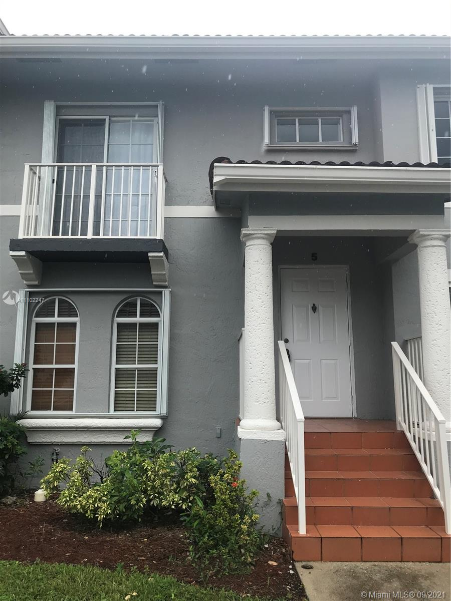 Home For Rent at 1,190 Sqft