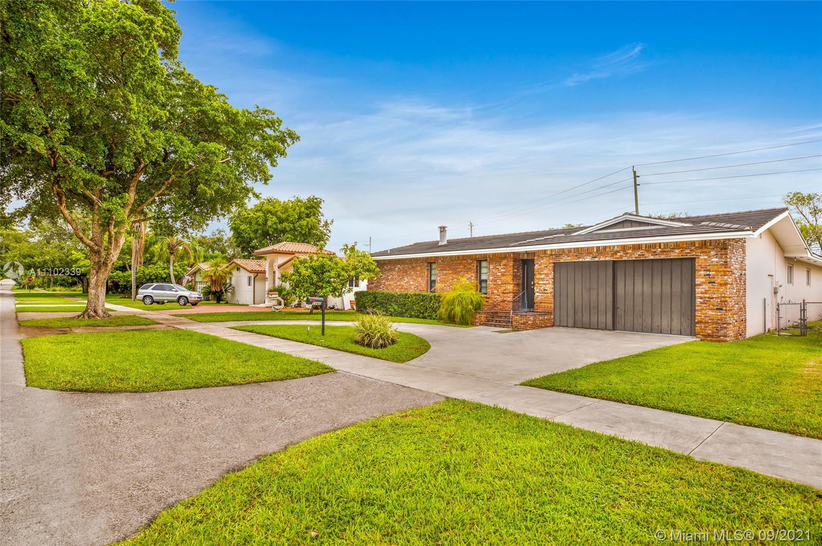 Single Family Home For Sale FLA FRUIT LAND COS SUB2,436 Sqft