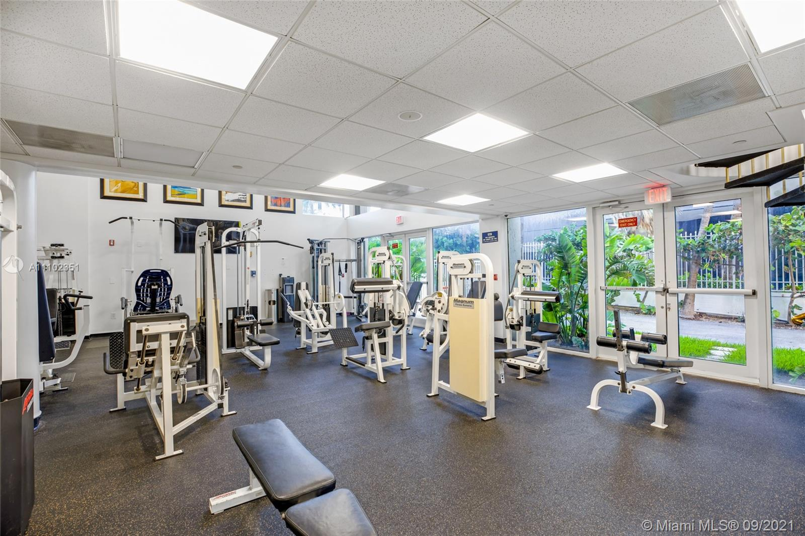 18671 Collins Ave #2401 photo011
