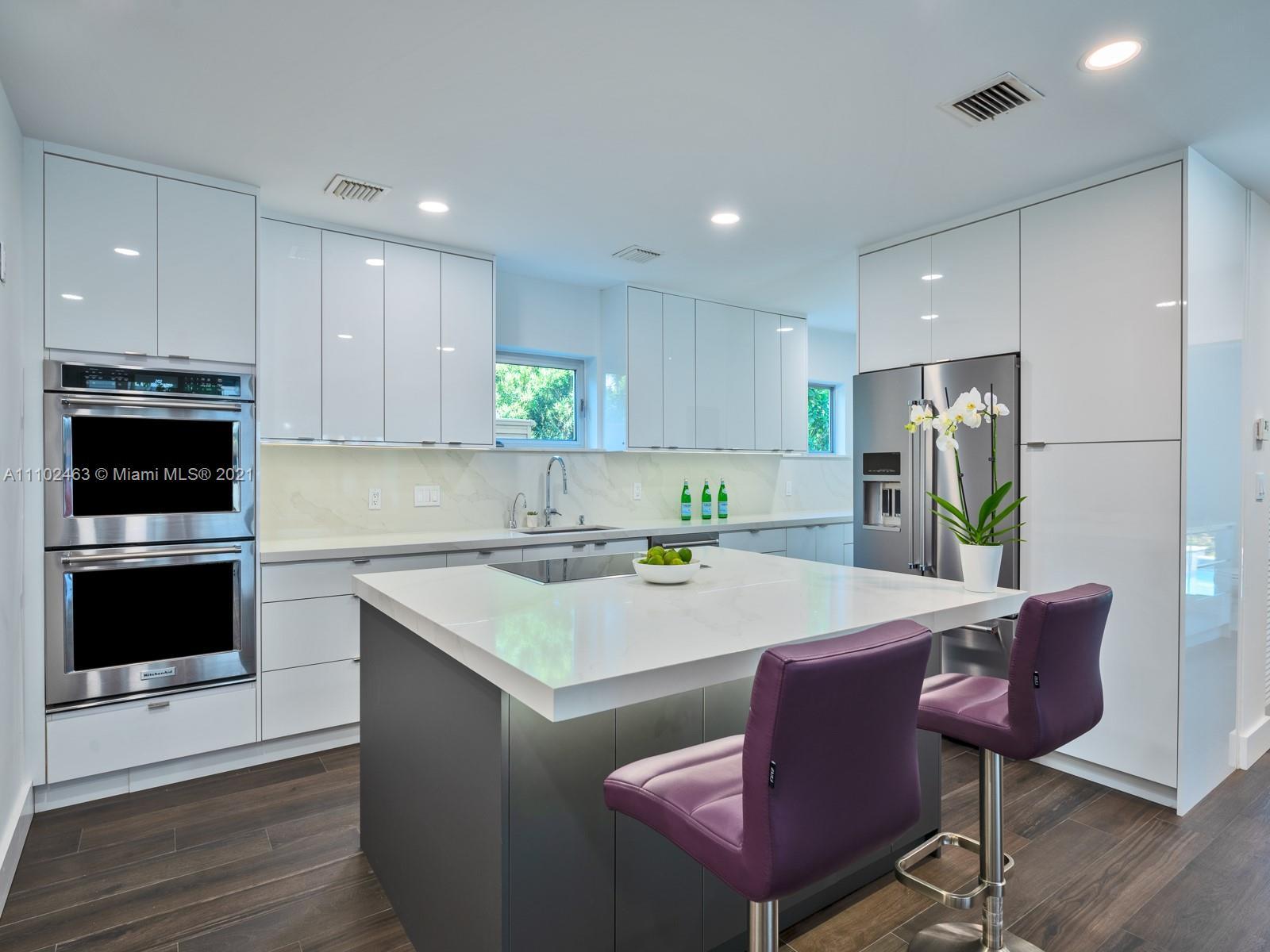 Single Family Home For Sale NAUTILUS SUB3,946 Sqft