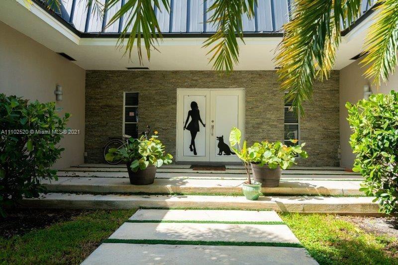 Single Family Home,For Sale,1900 NE 119th Rd, North Miami, Florida 33181,Brickell,realty,broker,condos near me