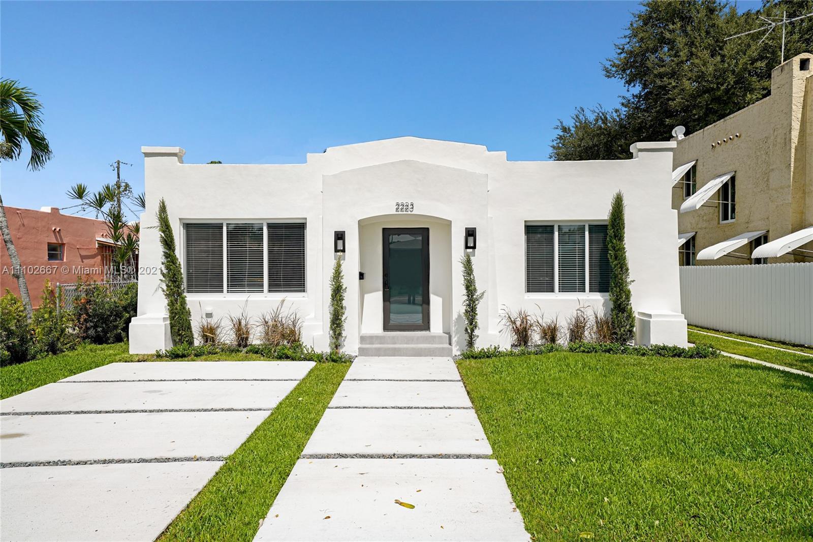 Single Family Home For Sale BRYAN PARK1,558 Sqft