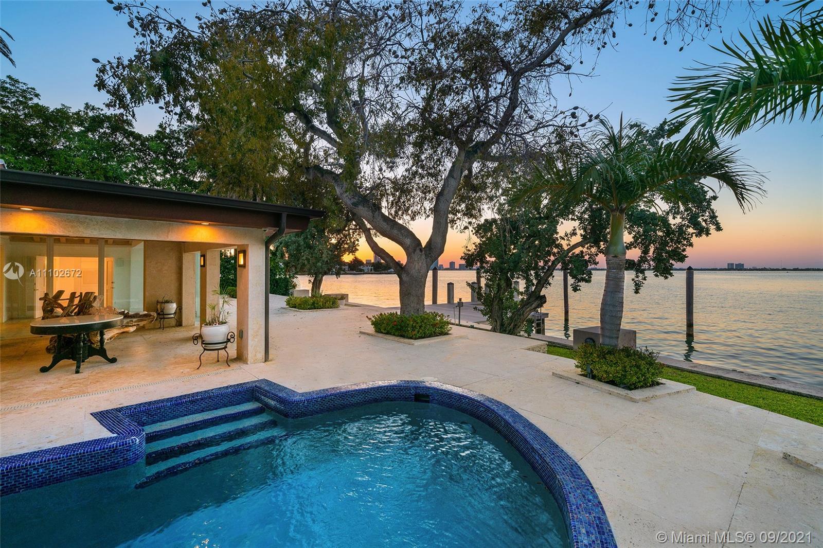 Venetian Islands - 444 W Rivo Alto Dr, Miami Beach, FL 33139
