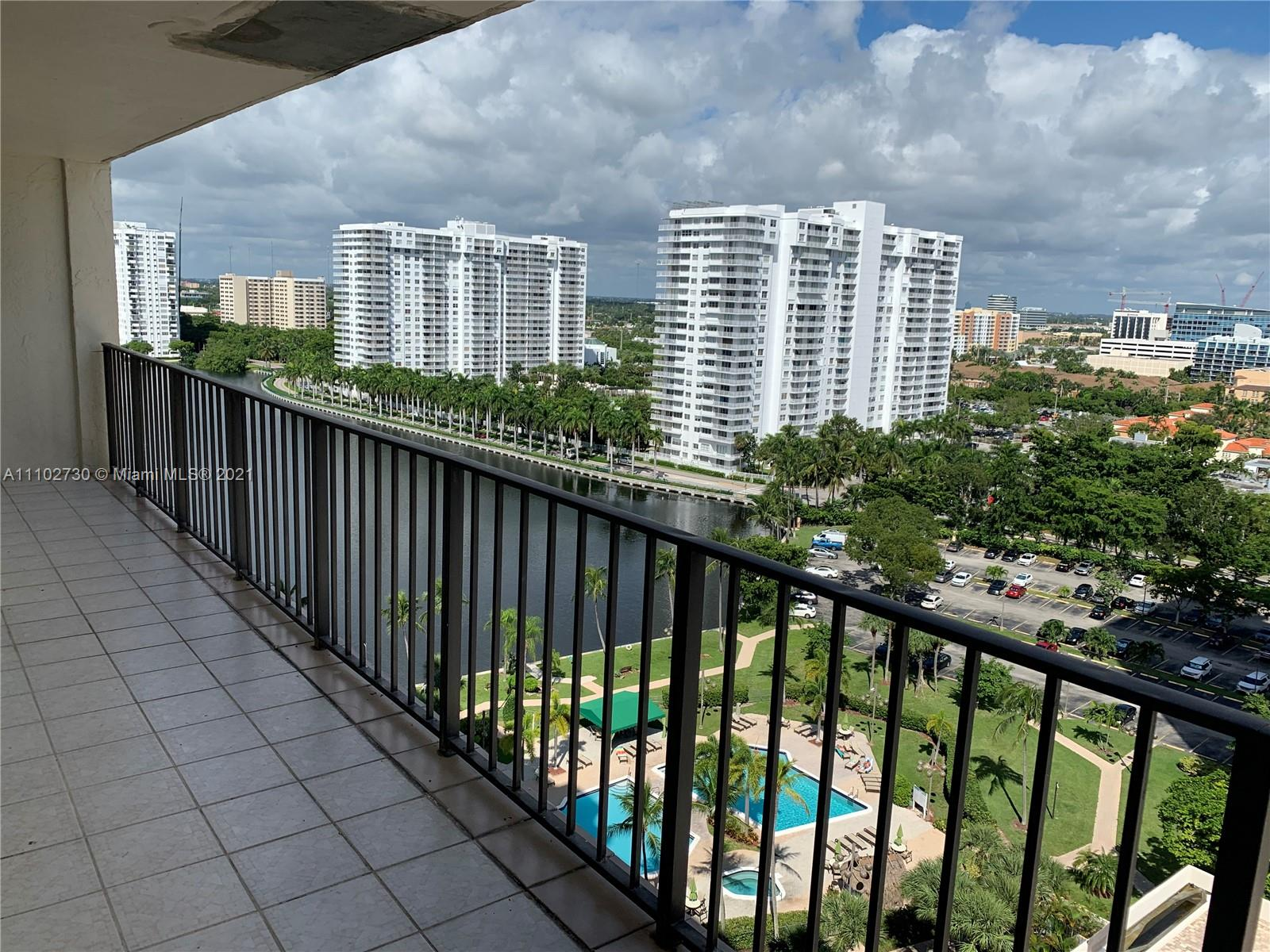 Condo For Sale at THE CLIPPER AT BISC COVE