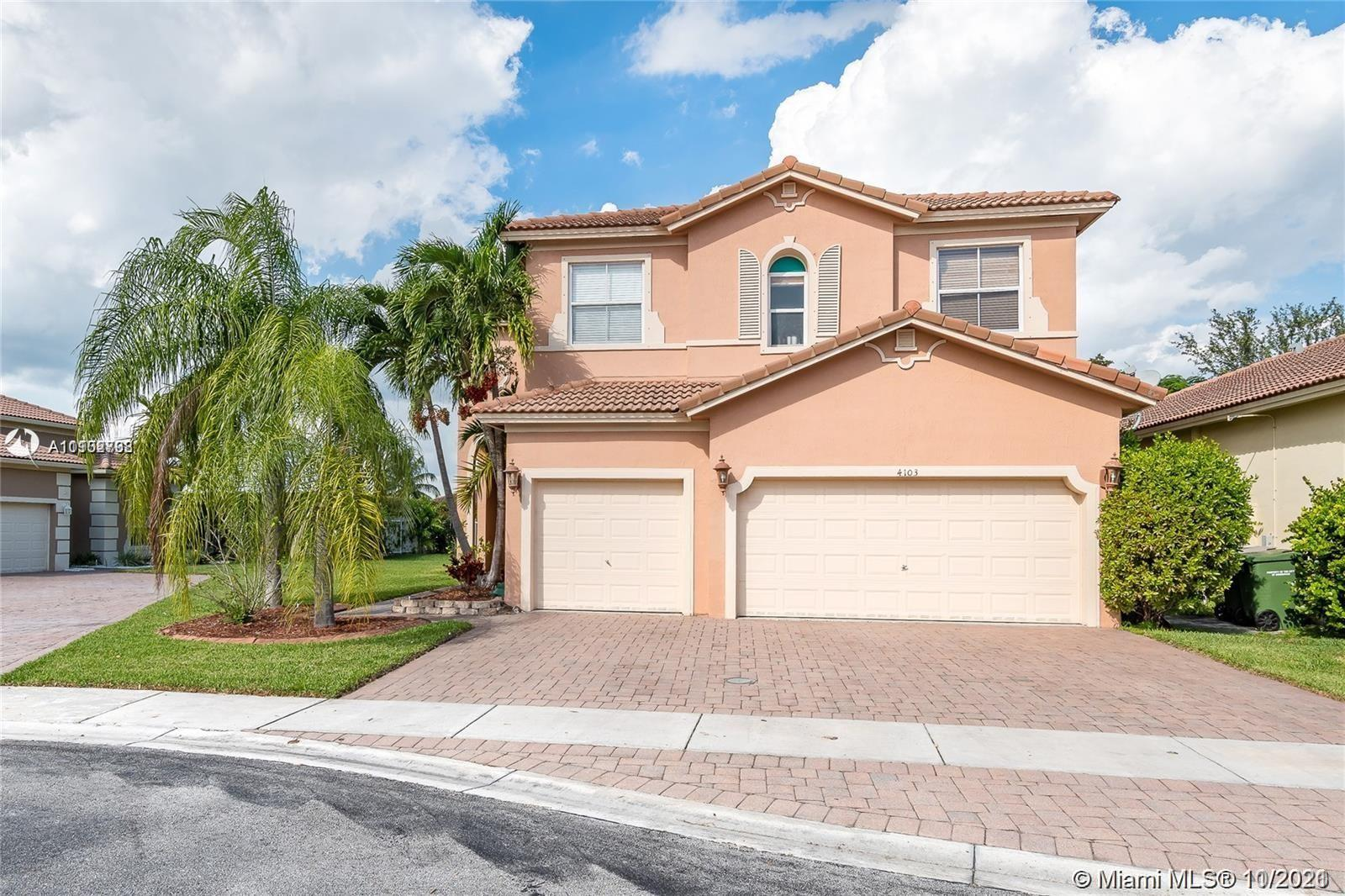 Single Family Home For Sale WATERSTONE2,727 Sqft