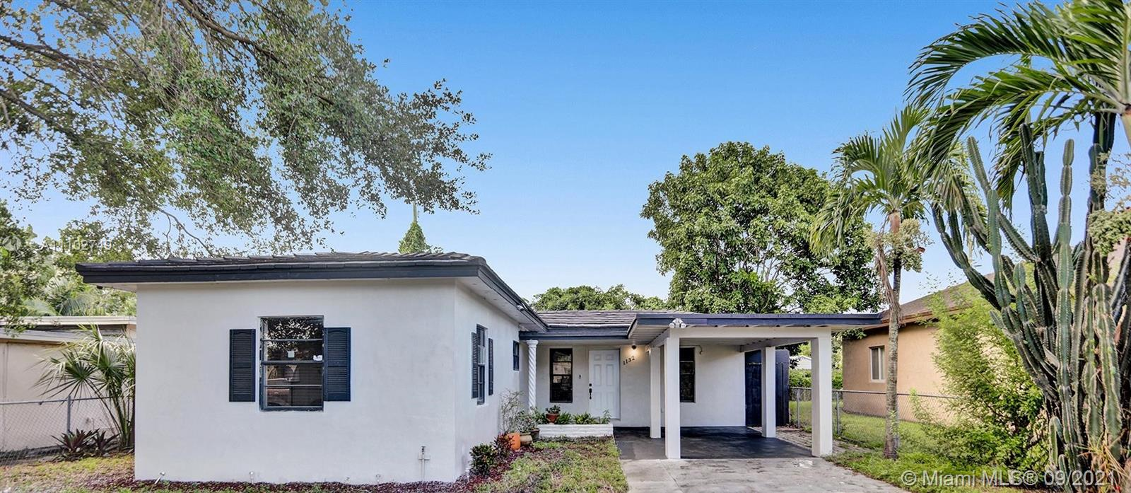 Single Family Home For Sale NORTH SILVER CREST ADDPB990 Sqft