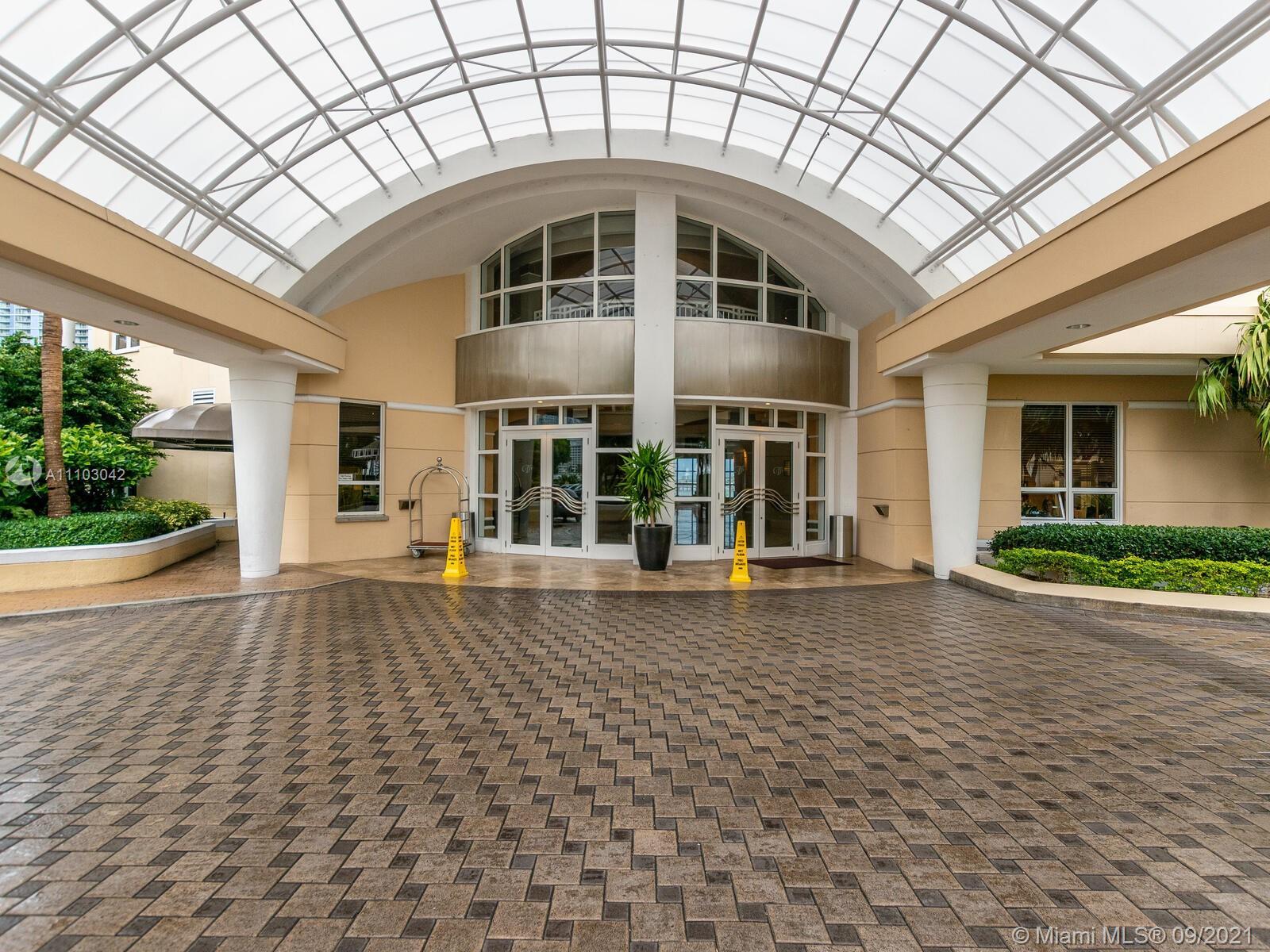 Three Tequesta Point #1201 - 848 Brickell Key Dr #1201, Miami, FL 33131