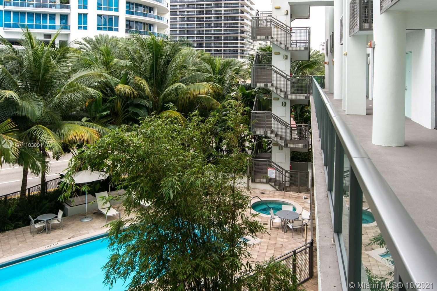 6000 Collins Ave #102 photo045