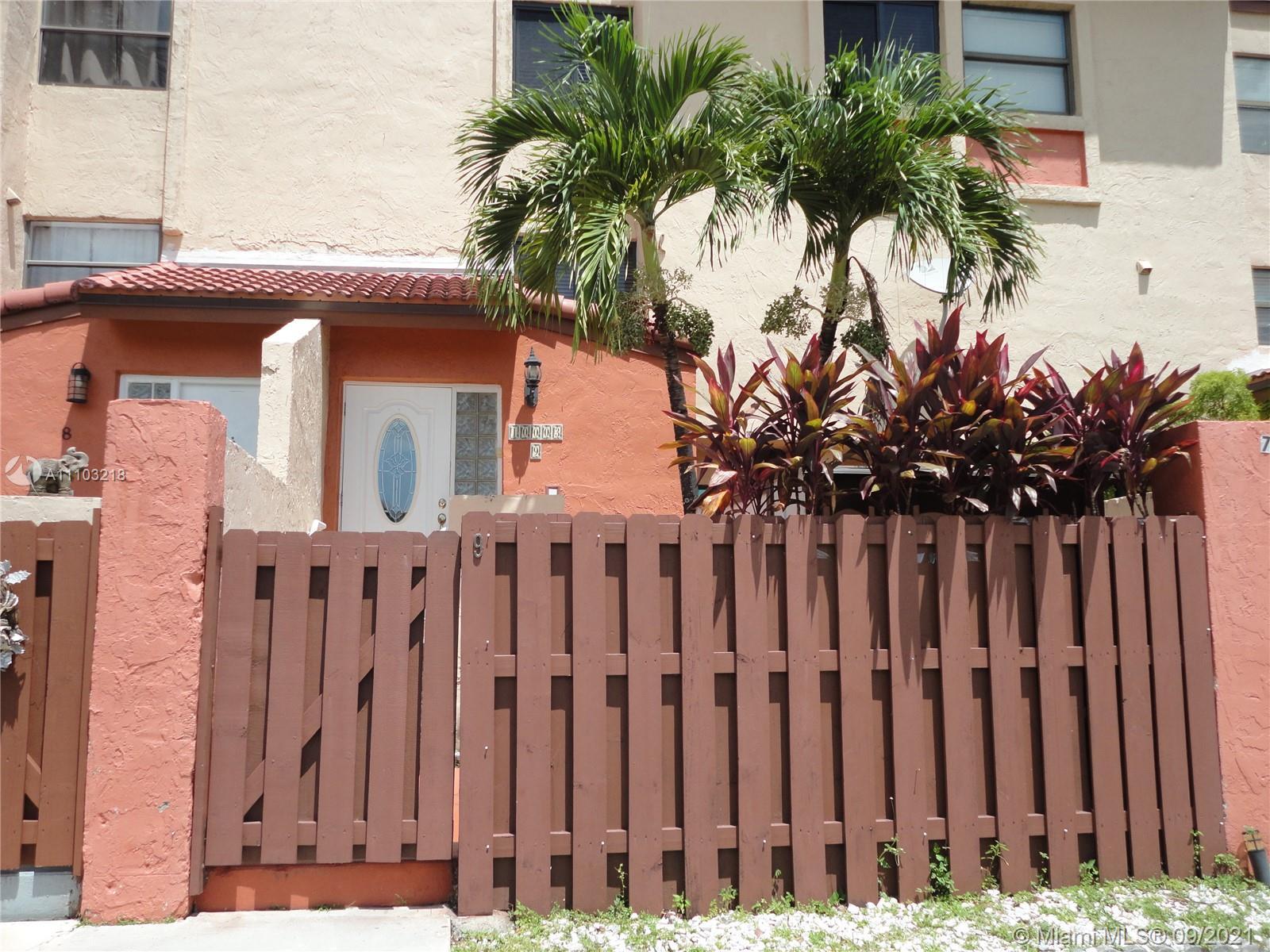 Las Ramblas #917 - 10003 NW 9th Street Cir #917, Miami, FL 33172