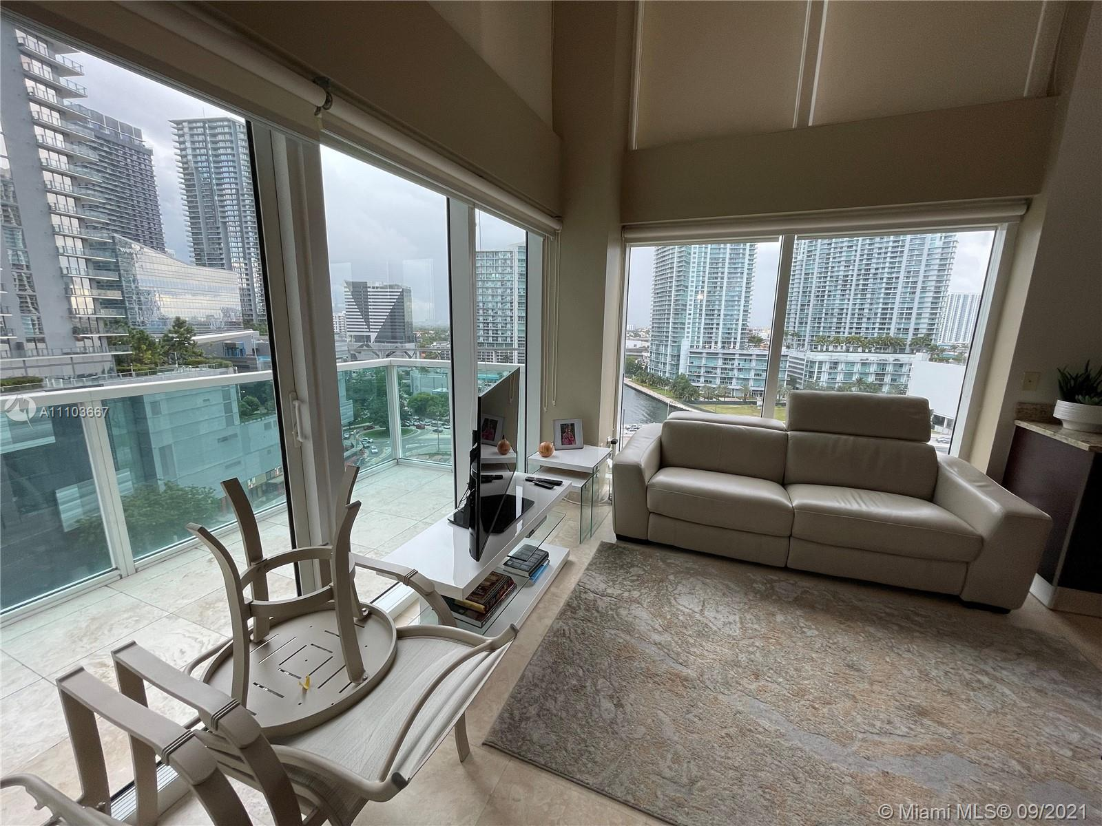 Brickell on the River South Tower #916 - 41 SE 5th St #916, Miami, FL 33131