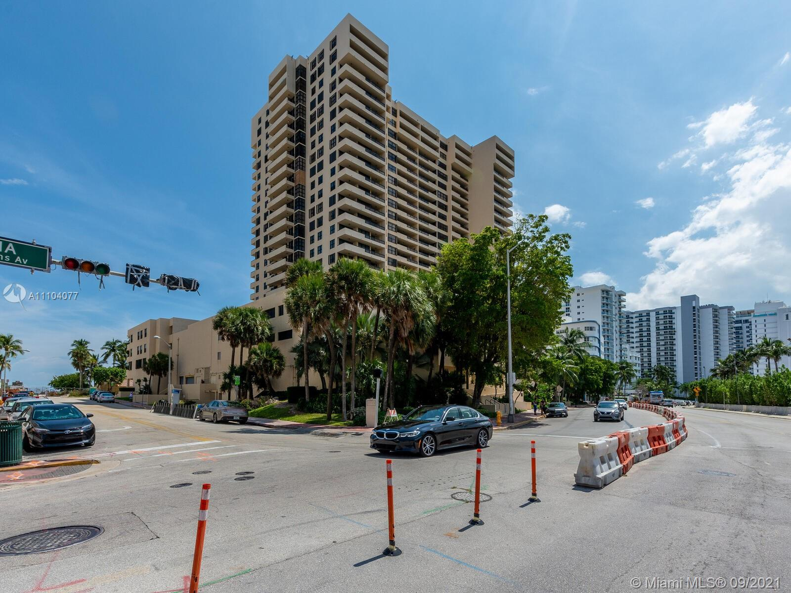 2555 Collins Ave #2200 photo01