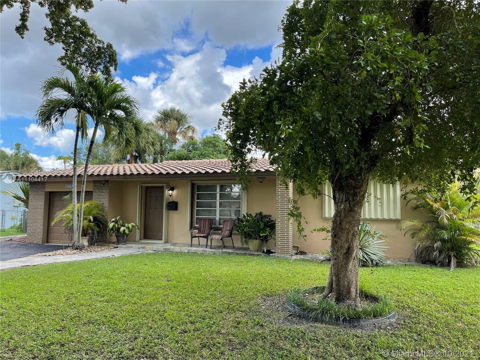 6776 Orchid Dr photo02