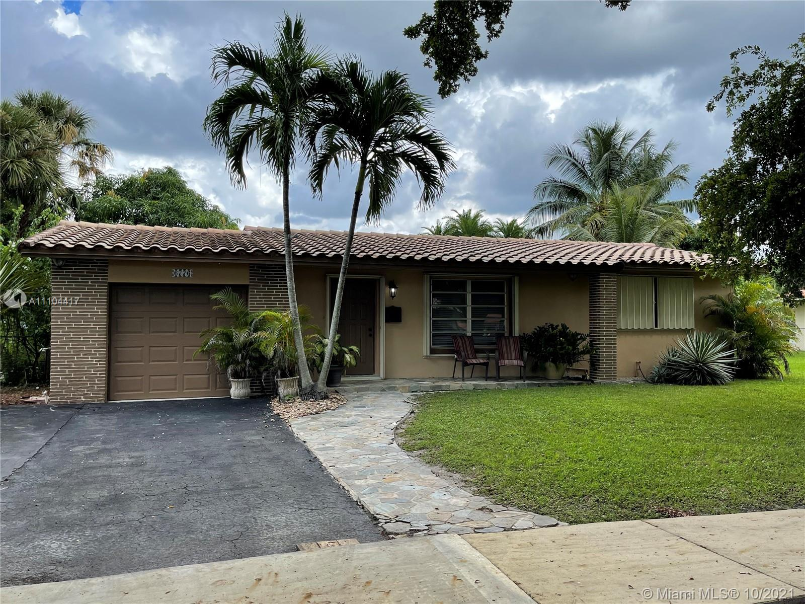 6776 Orchid Dr photo01