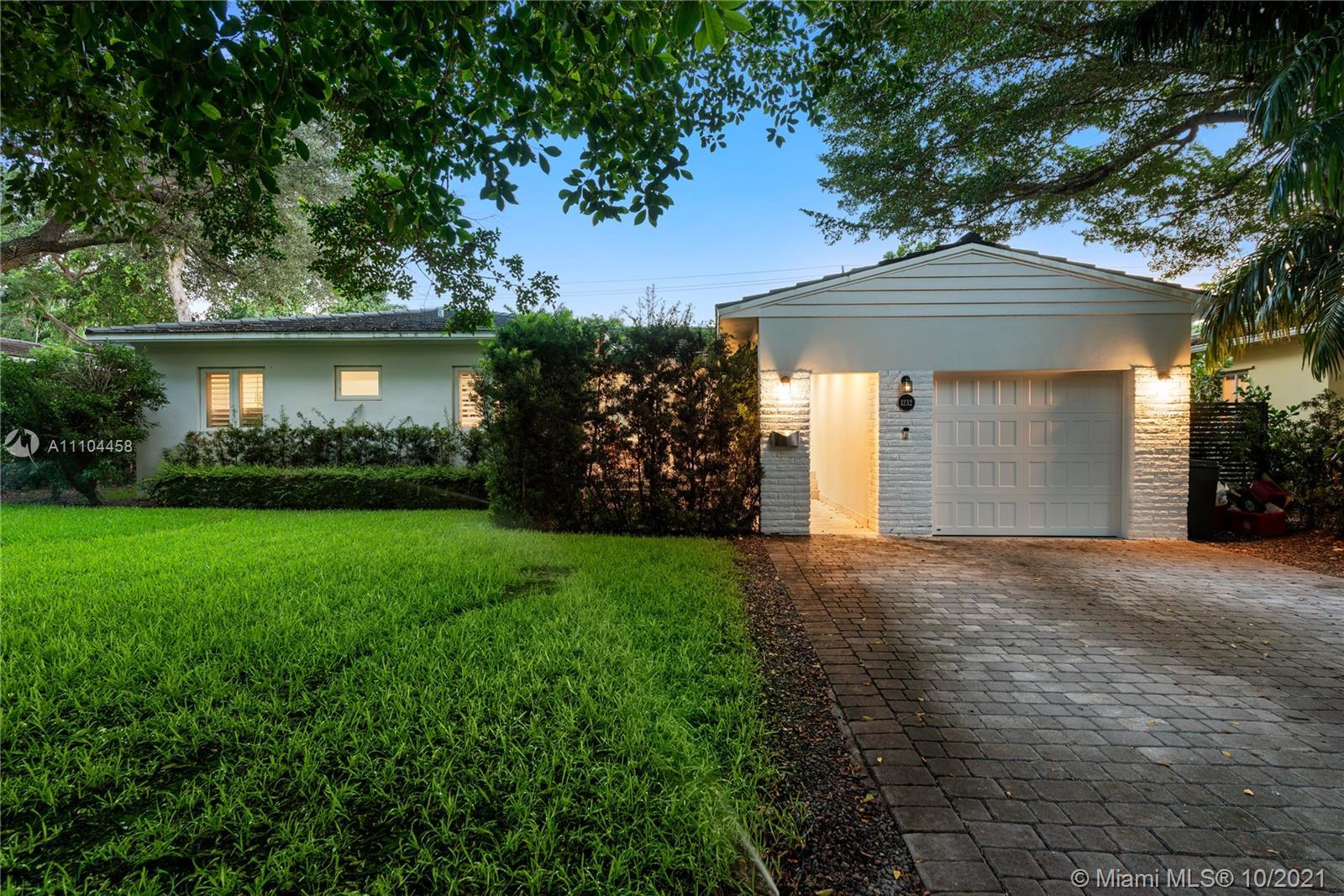 Riviera - 1232 Manati Ave, Coral Gables, FL 33146