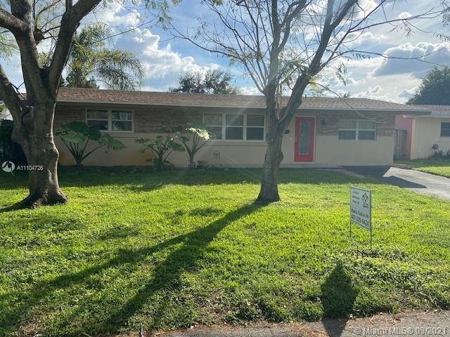 Boulevard Heights - 8810 NW 10th St, Pembroke Pines, FL 33024