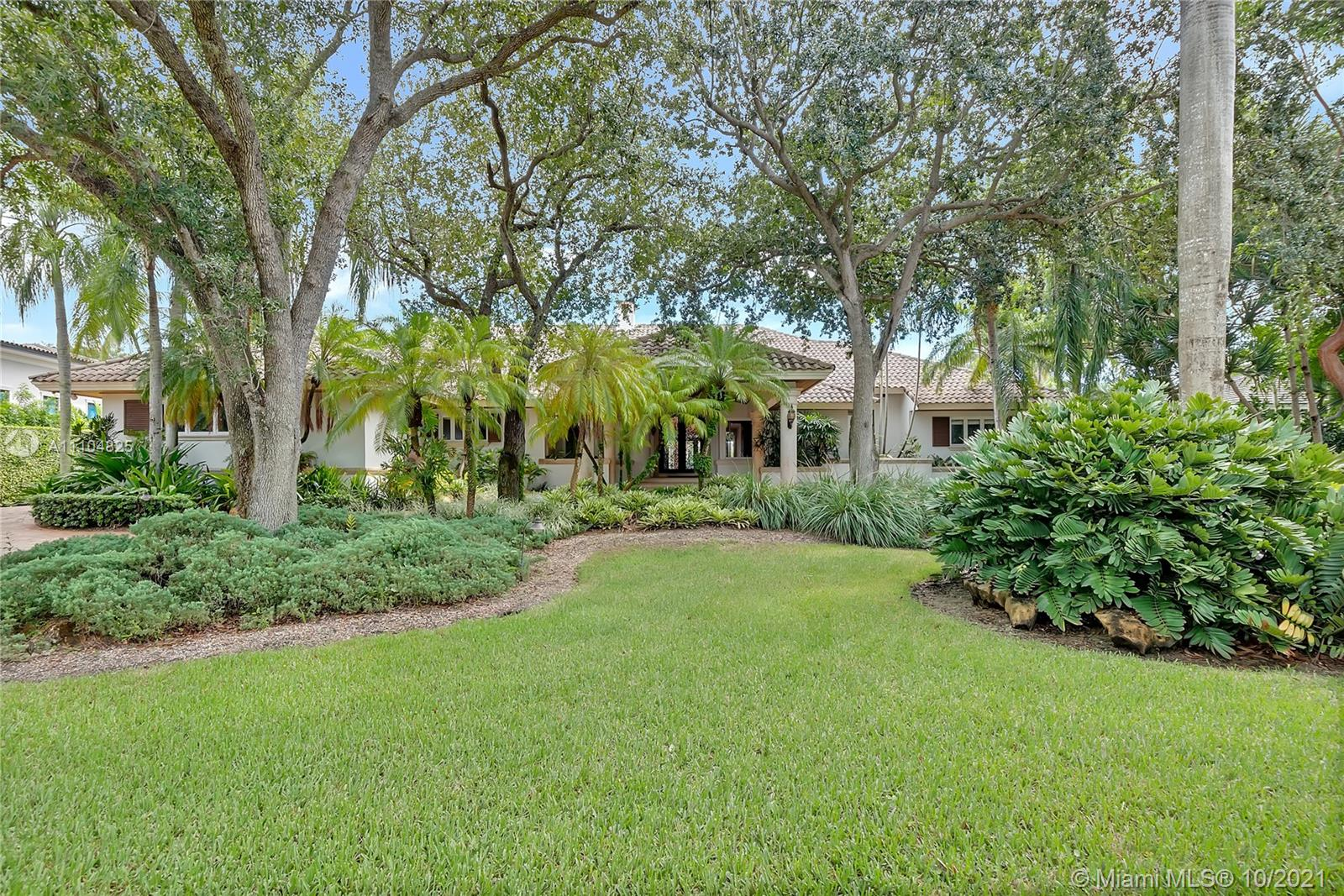 South Miami - 7805 Los Pinos Cir, Coral Gables, FL 33143
