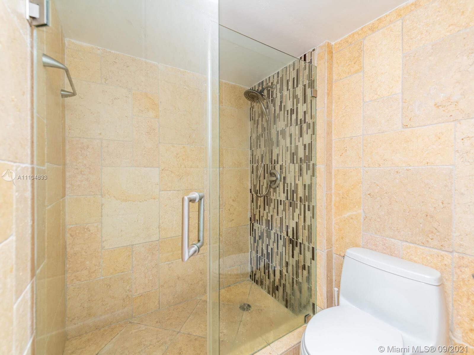 16711 Collins Ave #1003 photo047