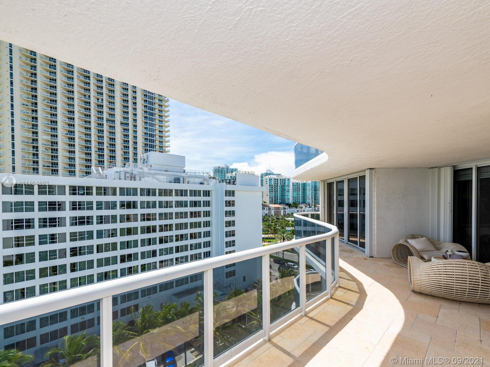 16711 Collins Ave #1003 photo024