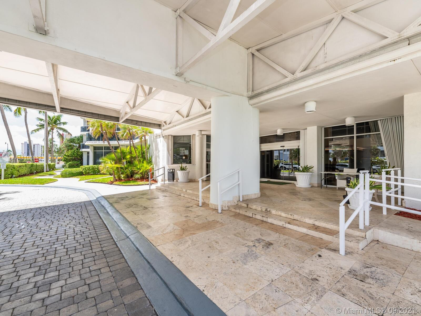 16711 Collins Ave #1003 photo061