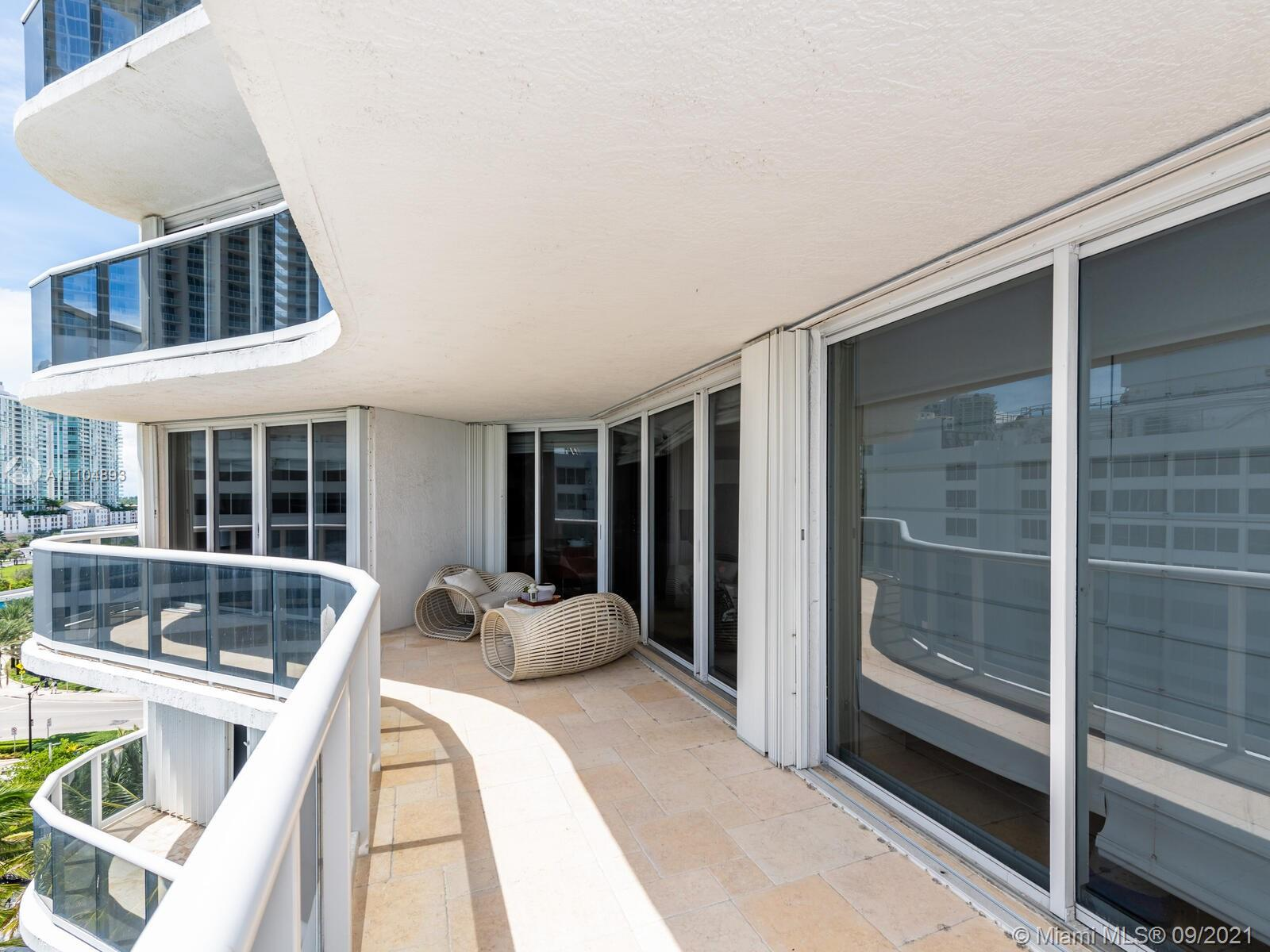 16711 Collins Ave #1003 photo025