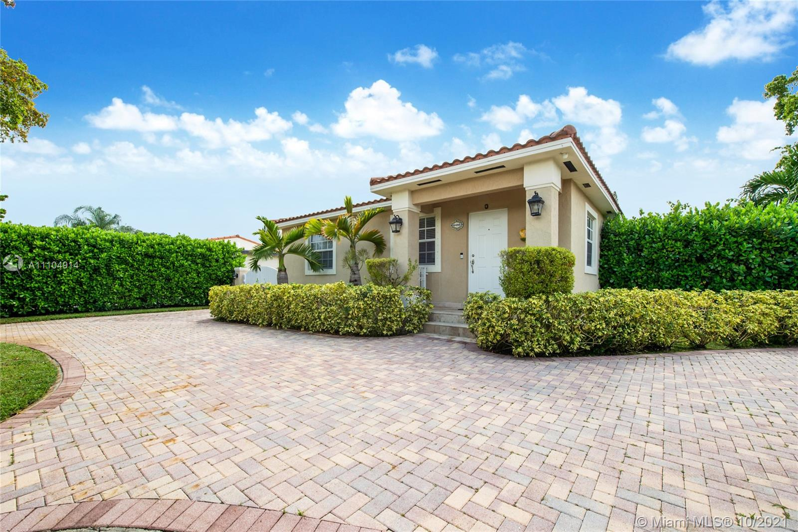 Single Family Home For Sale ALAMEDA2,493 Sqft