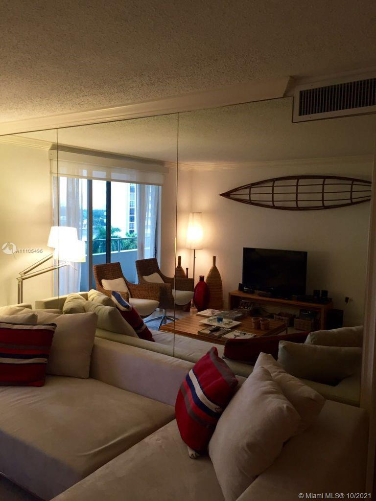 5555 Collins Ave #7Z photo012