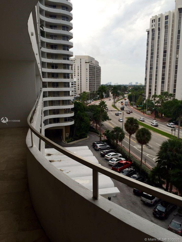 5555 Collins Ave #7Z photo011