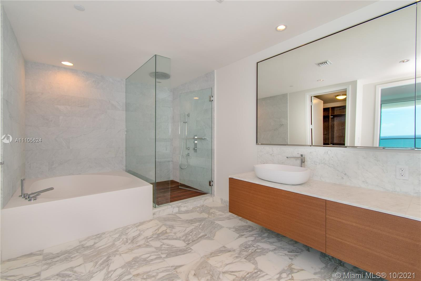 10203 Collins Ave #1903N photo027