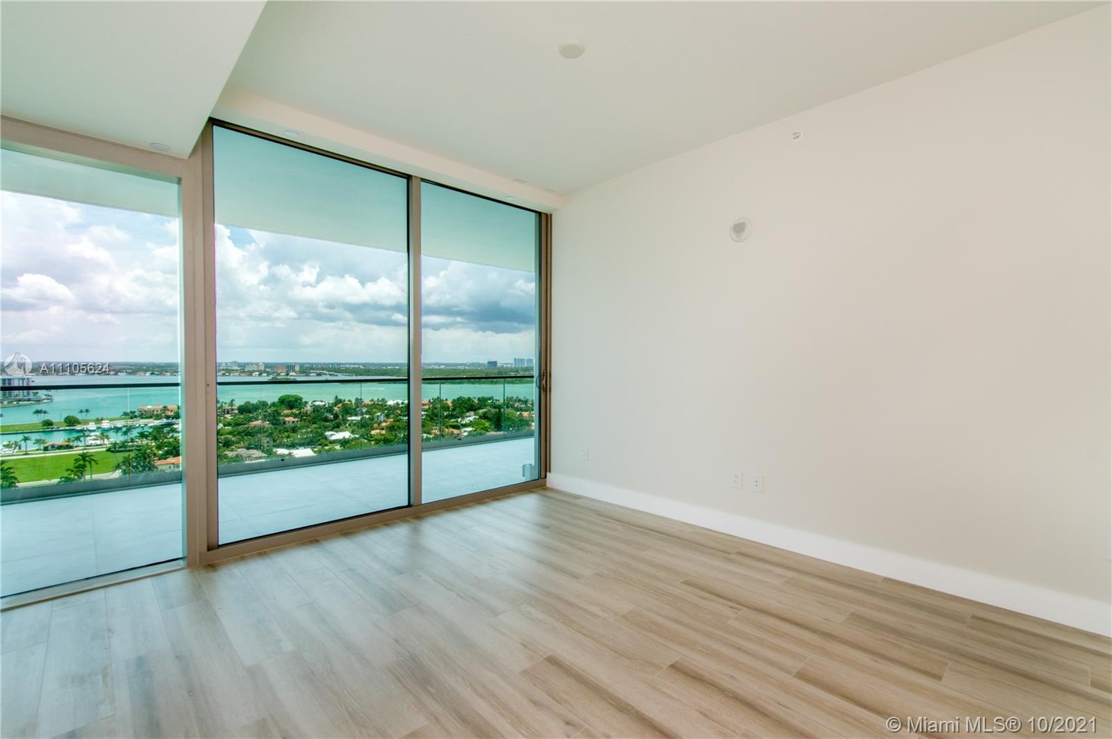 10203 Collins Ave #1903N photo052