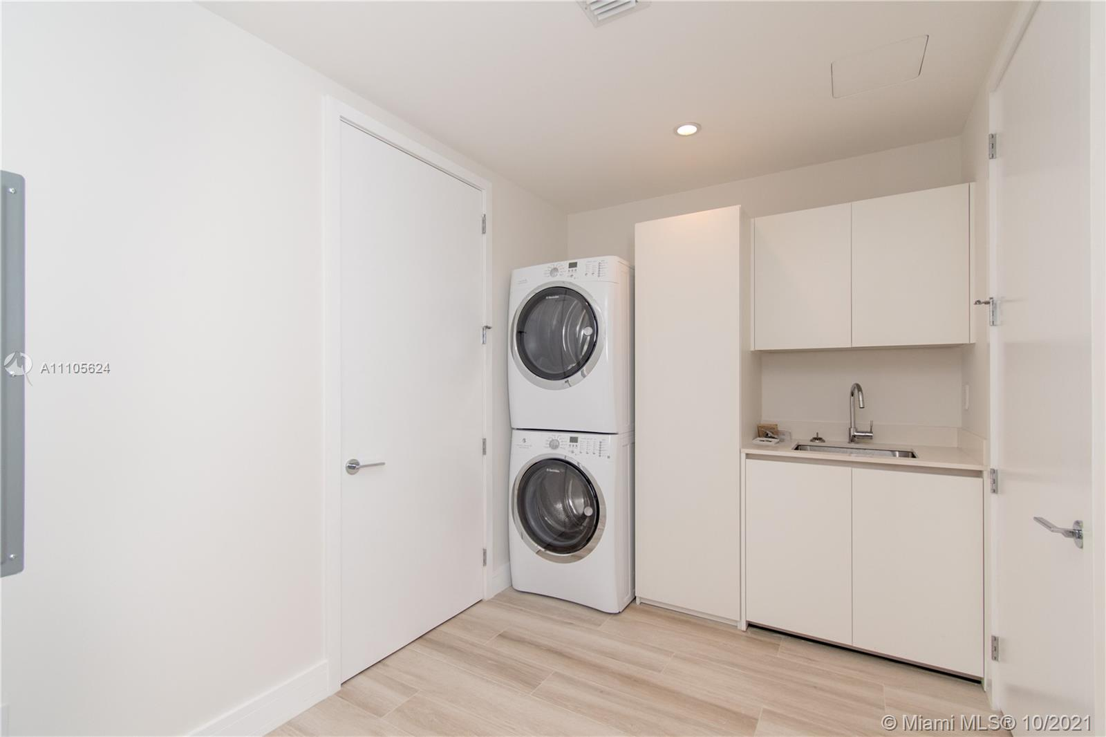10203 Collins Ave #1903N photo063
