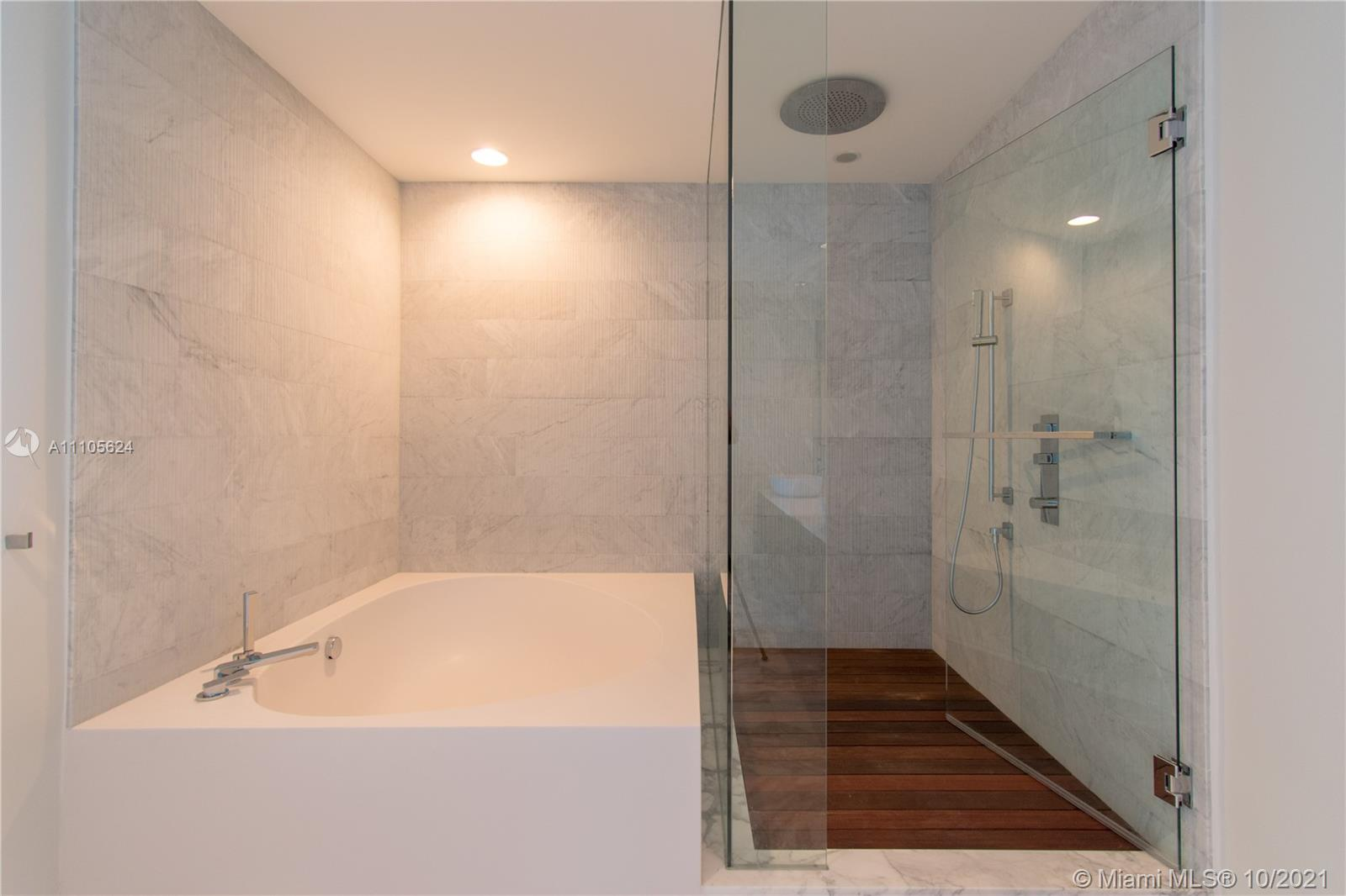 10203 Collins Ave #1903N photo024