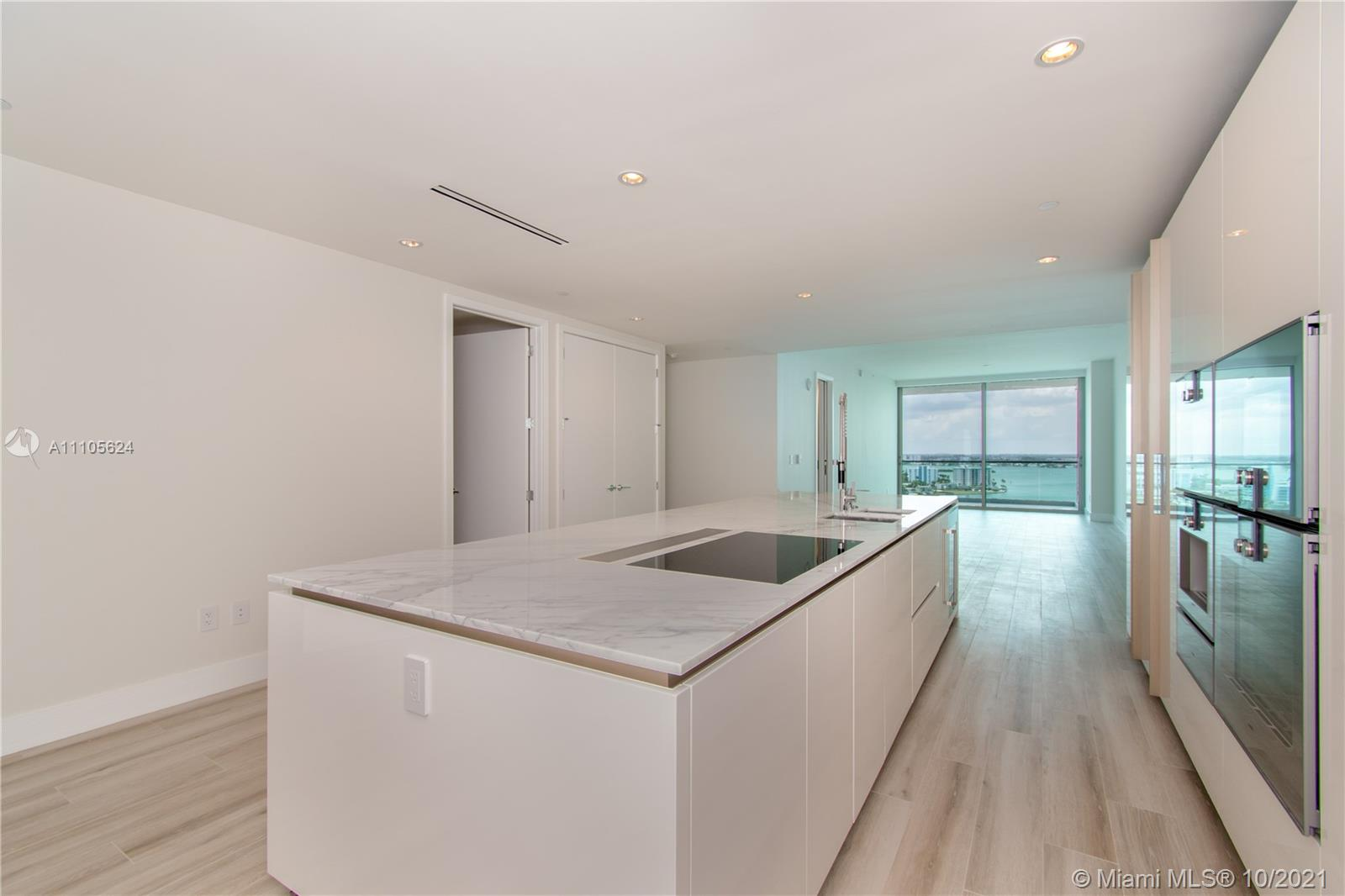 10203 Collins Ave #1903N photo041